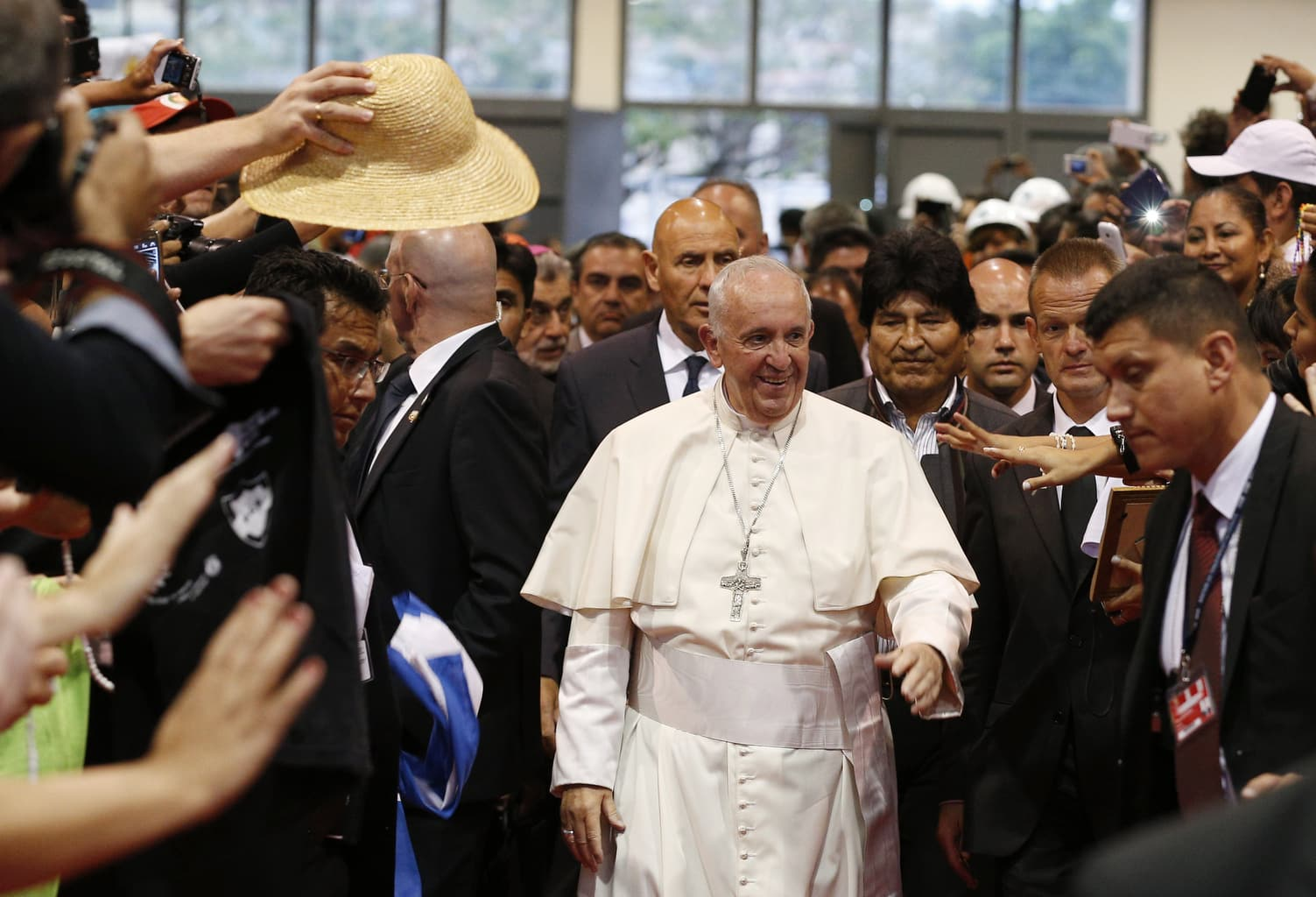 Комунистическите кардинали на папа Франциск
