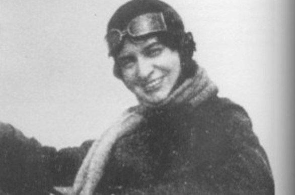 1 юли: Райна Касабова