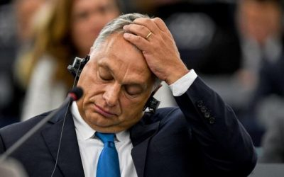 Каква е играта на Орбан
