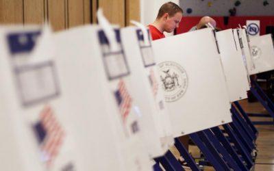 Изборите в Америка изглеждат по-страшни от Хелоуин