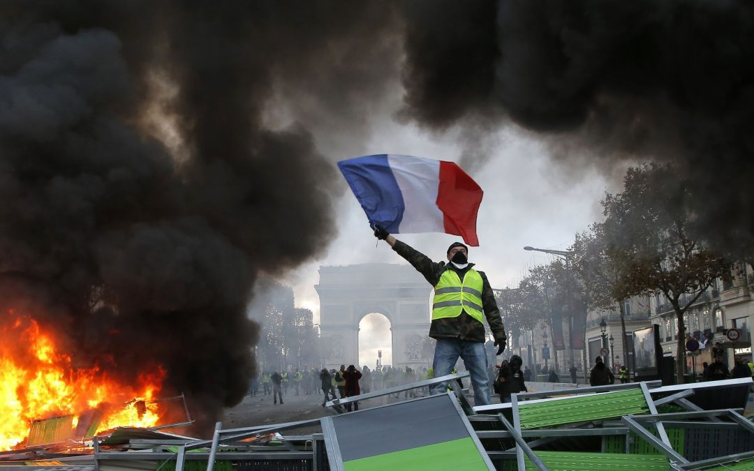 Ще успеят ли новите мерки на Макрон да успокоят французите?