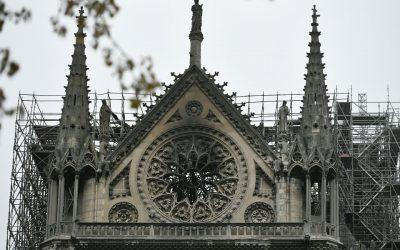 Когато лумнат катедралите
