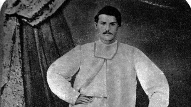 13 май: Цанко Дюстабанов