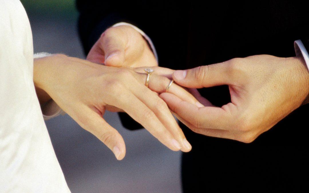 Бракът между мъж и жена не е изключение, а хилядолетна институция